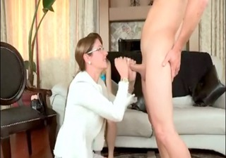 Samantha Ryan Milf-Cougar Strapon