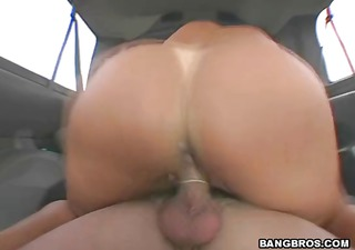 Mature momma does some backseat banging with a